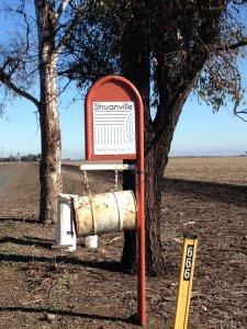 struanville-farm-sign